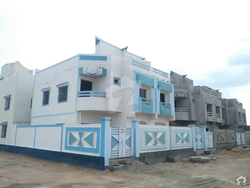 ہالا ناکا حیدر آباد میں 3 کمروں کا 5 مرلہ مکان 48.6 لاکھ میں برائے فروخت۔