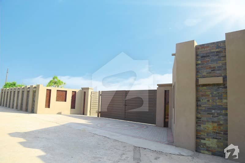8 Kanal Super Farm House    For Sale