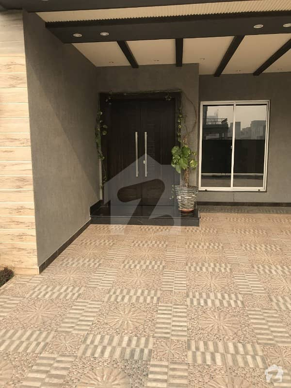 1 kanal brand new  Modern Artistic HOUSE FOR RENT  in DHA phase 4 Lahore