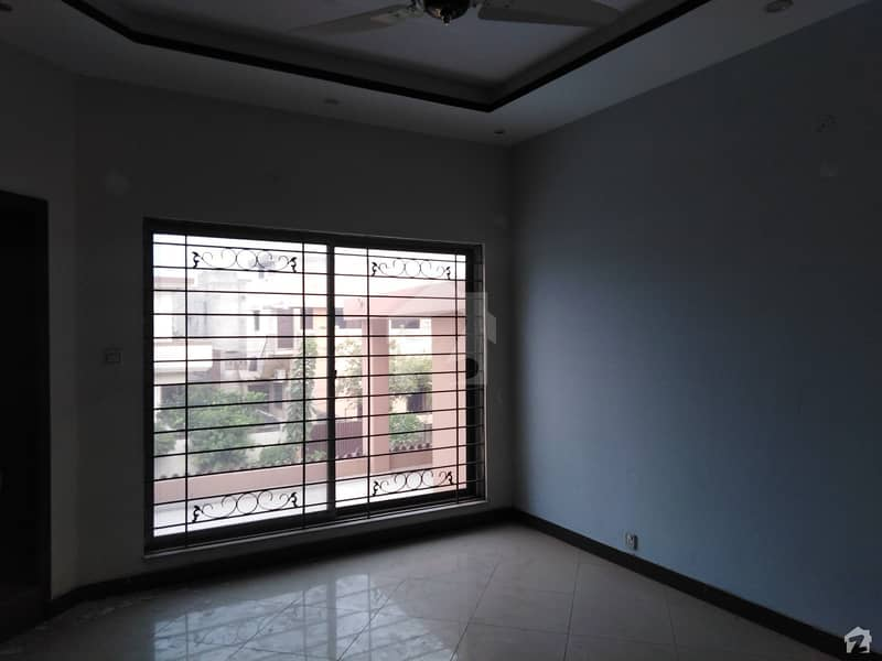 2 Kanal House Is Available For Rent