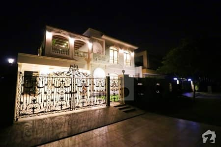 1 Kanal New Victorian Spanish Bungalow For Rent Hot Location