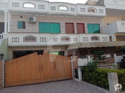 House For Sale In G-13/4 - Size 3570