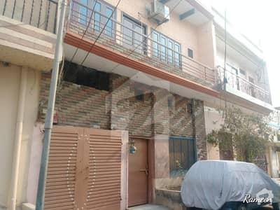 جھنگ روڈ فیصل آباد میں 4 کمروں کا 4 مرلہ مکان 65 لاکھ میں برائے فروخت۔