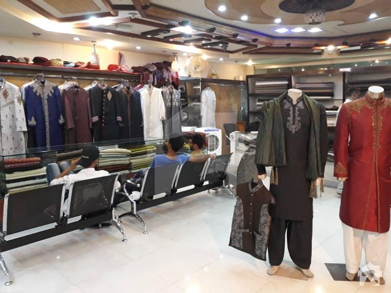 صدر راولپنڈی میں 4 مرلہ دکان 1.6 کروڑ میں برائے فروخت۔