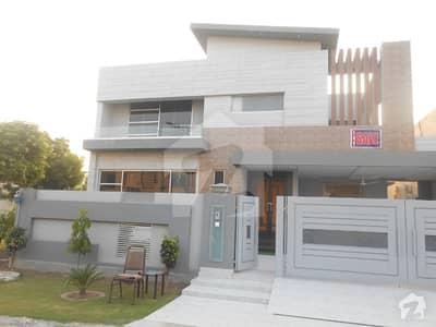 اسٹیٹ لائف فیز 1 - بلاک ڈی اسٹیٹ لائف ہاؤسنگ فیز 1 اسٹیٹ لائف ہاؤسنگ سوسائٹی لاہور میں 5 کمروں کا 1 کنال مکان 3.5 کروڑ میں برائے فروخت۔
