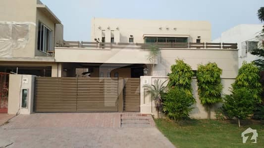 Defence  One Kanal Double Unit House For Rent In Dha Lahore