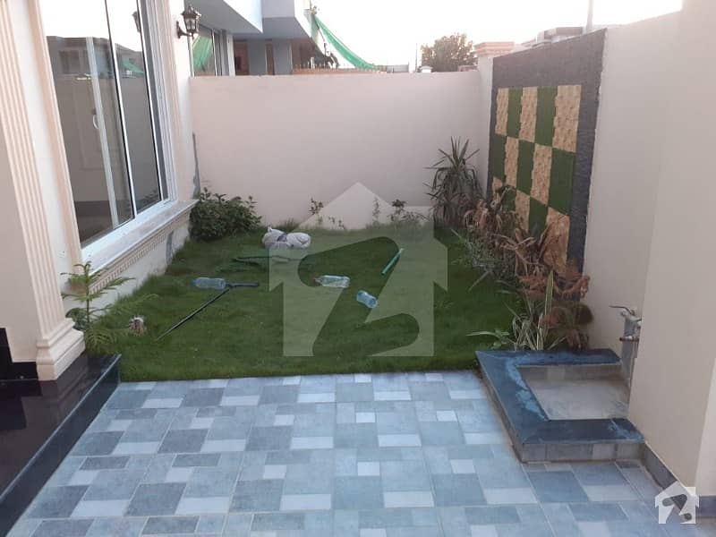 10 Marla Brand new Spanish House available For Rent Phase 5 DHA Block L