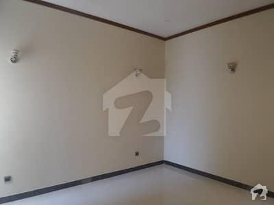 ناظم آباد - بلاک 5ای ناظم آباد کراچی میں 6 کمروں کا 5 مرلہ مکان 1.9 کروڑ میں برائے فروخت۔