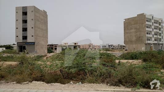 ڈی ایچ اے فیز 7 ایکسٹینشن ڈی ایچ اے ڈیفینس کراچی میں 11 مرلہ دفتر 5 کروڑ میں برائے فروخت۔