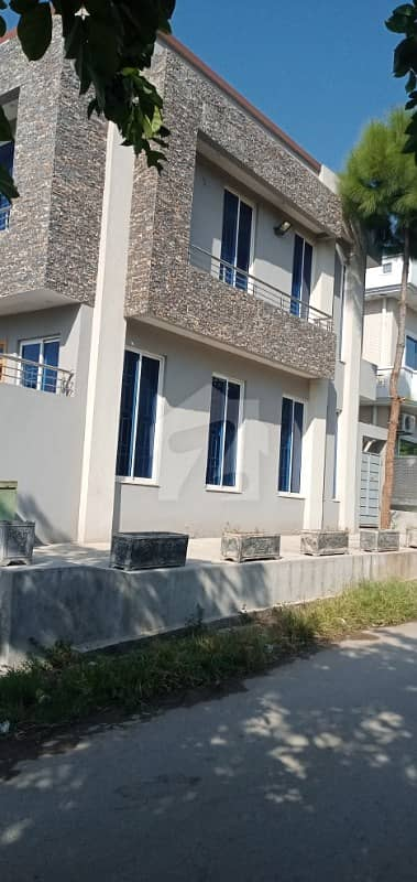 Brand New Corner House For Sale In G-11/1 Islamabad