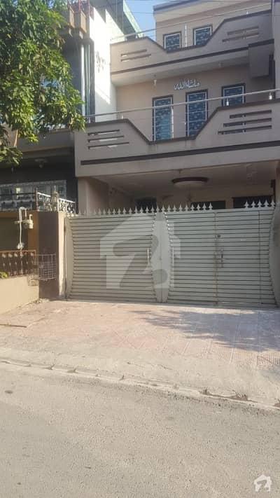 پی ڈبلیو ڈی ہاؤسنگ سکیم اسلام آباد میں 4 کمروں کا 10 مرلہ مکان 55 ہزار میں کرایہ پر دستیاب ہے۔