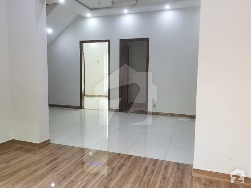 نشیمنِ اقبال فیز 1 نشیمنِ اقبال لاہور میں 3 کمروں کا 5 مرلہ مکان 53 ہزار میں کرایہ پر دستیاب ہے۔