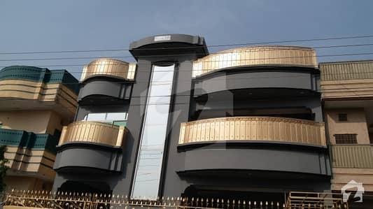 Hayatabad phase7 E6 10merle house for rant 8room 8bathroom
