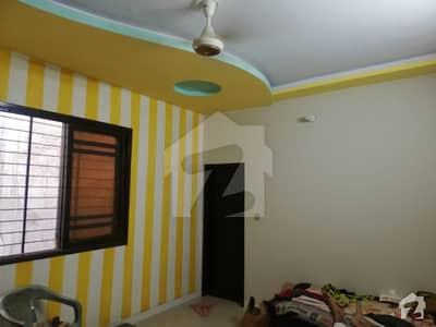 گلشنِ اقبال - بلاک 4اے گلشنِ اقبال گلشنِ اقبال ٹاؤن کراچی میں 3 کمروں کا 8 مرلہ بالائی پورشن 85 لاکھ میں برائے فروخت۔