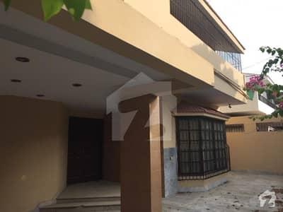 کلفٹن ۔ بلاک 2 کلفٹن کراچی میں 5 کمروں کا 16 مرلہ مکان 2.9 لاکھ میں کرایہ پر دستیاب ہے۔
