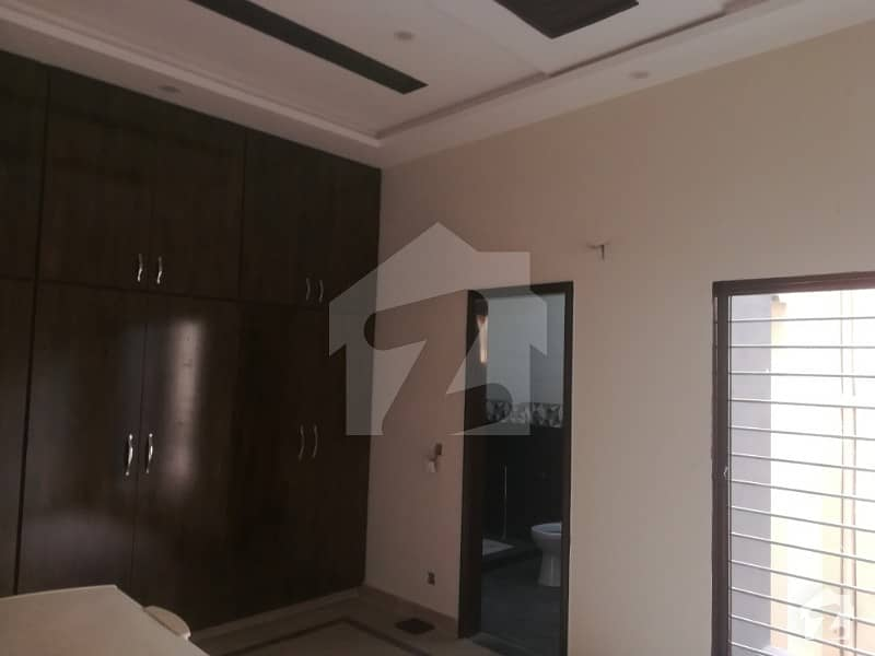Brand New Family Apartment For Rent In Gulberg 2 Near By Main Market Kanal