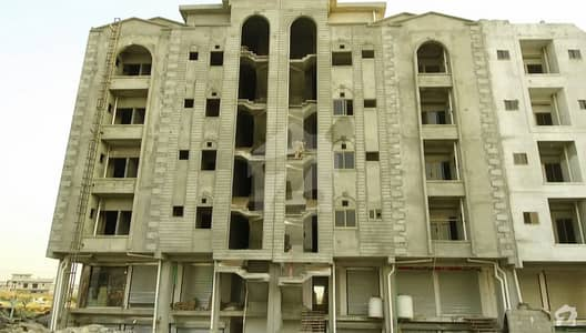 1 Bed Apartment On 200 Feet Road Facing