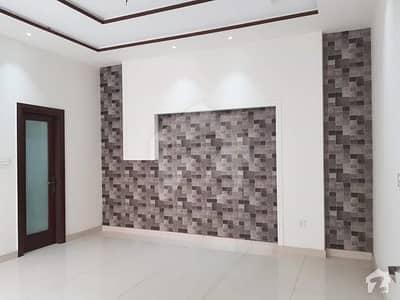 رانا کالونی گوجارا روڈ جھنگ میں 5 مرلہ مکان 90 لاکھ میں برائے فروخت۔