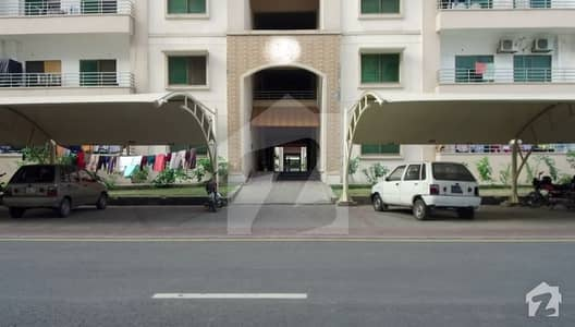 10 Marla 3 Bed Top Location Flat For Sale In Askari 11 Lahore Rs 12300000