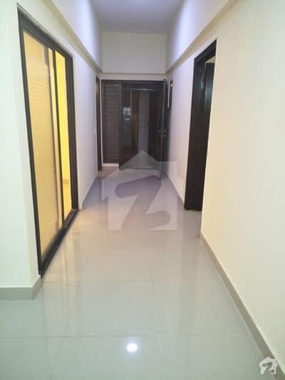 فریرے ٹاؤن کراچی میں 3 کمروں کا 8 مرلہ فلیٹ 3.1 کروڑ میں برائے فروخت۔