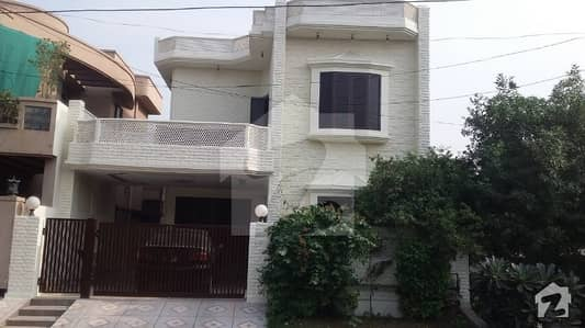 Leads Offer 8 Marla House For Rent In Phase 2 Facing Green Belt