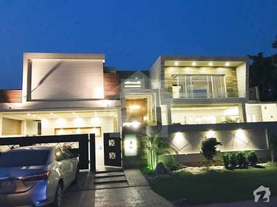 02 Kanal Beautiful Galleria Designed Unique Style Bungalow With Swimming Pool For Sale In DHA Phase 1 Lahore