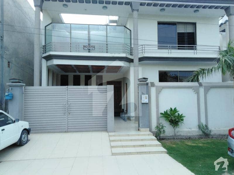 واپڈا ٹاؤن فیز 1 واپڈا ٹاؤن ملتان میں 2 کمروں کا 10 مرلہ زیریں پورشن 40 ہزار میں کرایہ پر دستیاب ہے۔
