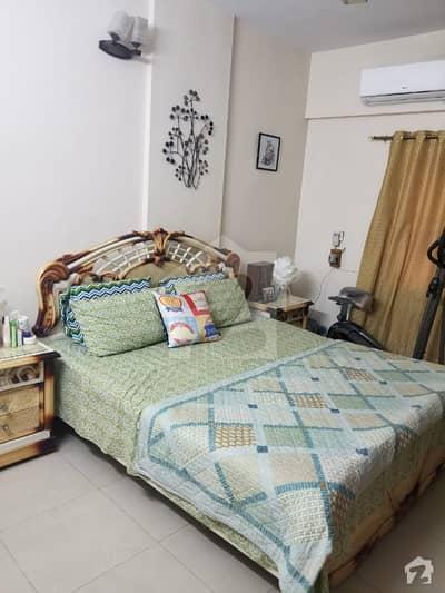 گلستان ظفر جمشید ٹاؤن کراچی میں 3 کمروں کا 6 مرلہ فلیٹ 60 ہزار میں کرایہ پر دستیاب ہے۔