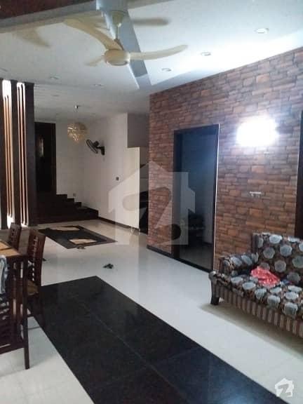 گلشنِ اقبال - بلاک 4 گلشنِ اقبال گلشنِ اقبال ٹاؤن کراچی میں 8 کمروں کا 1 کنال مکان 7.85 کروڑ میں برائے فروخت۔