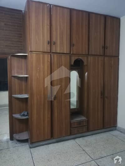 75 Marla lower portion is available for rent