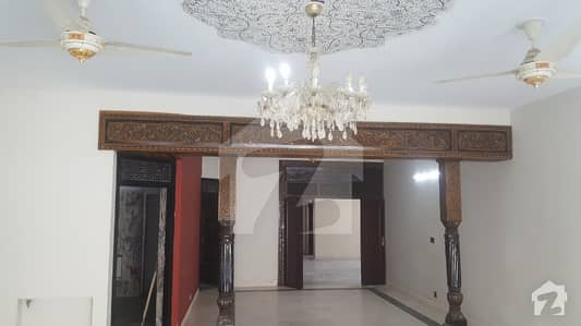F-10/3 733 Yards Renovated Double Unit Corner House 7 Bedrooms Demand 10 Crores and 50 Lacs
