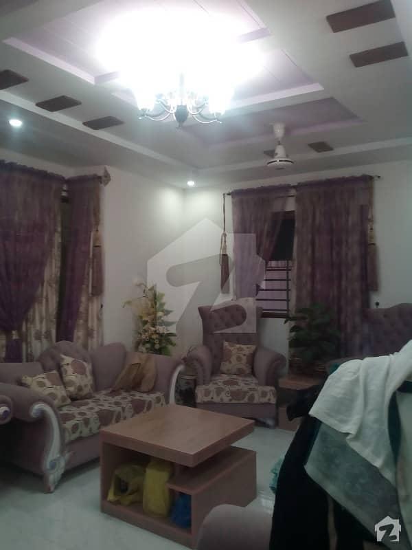 گلشنِ اقبال - بلاک 1 گلشنِ اقبال گلشنِ اقبال ٹاؤن کراچی میں 3 کمروں کا 10 مرلہ بالائی پورشن 1.55 کروڑ میں برائے فروخت۔