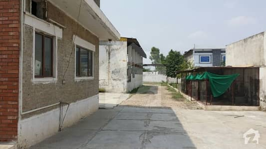 کہوٹہ ٹرائی اینگل انڈسٹریل ایریا اسلام آباد میں 6 کنال فیکٹری 13 کروڑ میں برائے فروخت۔