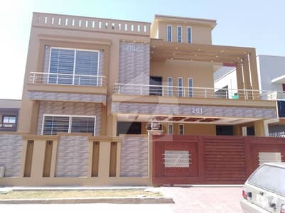 Media Town 40x70 Double Storey House For Rent