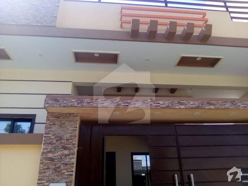 گلشنِ معمار گداپ ٹاؤن کراچی میں 3 کمروں کا 8 مرلہ مکان 1.6 کروڑ میں برائے فروخت۔