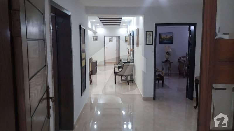 عسکری 11 عسکری لاہور میں 4 کمروں کا 12 مرلہ فلیٹ 2.15 کروڑ میں برائے فروخت۔