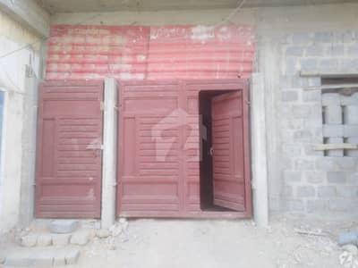 جامعہ ملیہ روڈ ملیر کراچی میں 2 کمروں کا 5 مرلہ پینٹ ہاؤس 50 لاکھ میں برائے فروخت۔