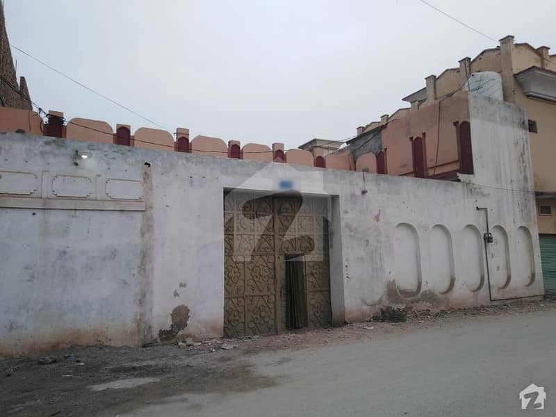 رِنگ روڈ پشاور میں 5 کمروں کا 8 مرلہ مکان 30 ہزار میں کرایہ پر دستیاب ہے۔