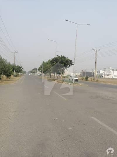 ایلیٹ ٹاؤن ۔ بلاک ایف ایلیٹ ٹاؤن لاہور میں 5 مرلہ رہائشی پلاٹ 15 لاکھ میں برائے فروخت۔