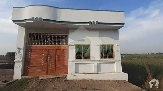 ملکوال منڈی بہاؤالدین میں 2 کمروں کا 4 مرلہ مکان 27 لاکھ میں برائے فروخت۔
