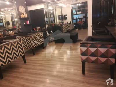1.5 Kanal, commercial Beautipalar for rent, furnished or non furnished also available