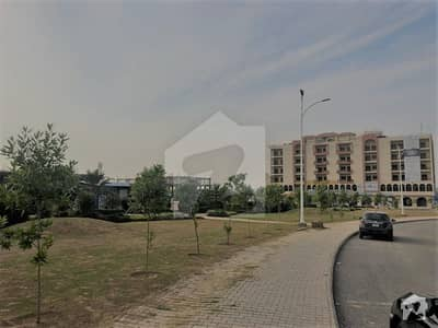 Gulberg Greens Different Area Commercial Plot Available On Installments And Full Payment Plan