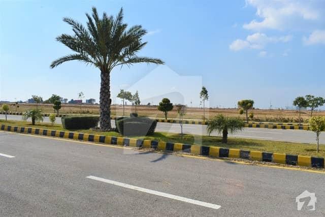 گرین سٹی اسلام آباد میں 1 کنال رہائشی پلاٹ 28 لاکھ میں برائے فروخت۔