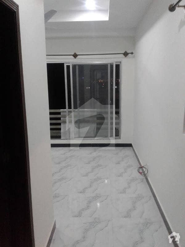 بحریہ ٹاؤن ۔ سوِک سینٹر بحریہ ٹاؤن فیز 4 بحریہ ٹاؤن راولپنڈی راولپنڈی میں 2 کمروں کا 3 مرلہ فلیٹ 50 لاکھ میں برائے فروخت۔