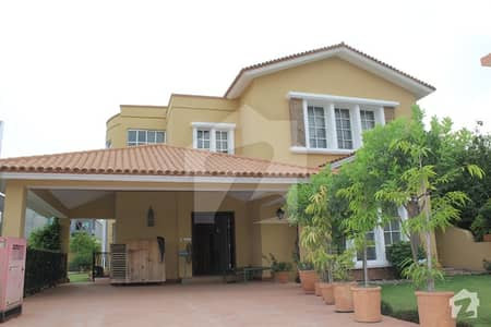 5 Kanal Beautiful Farm House For Sale