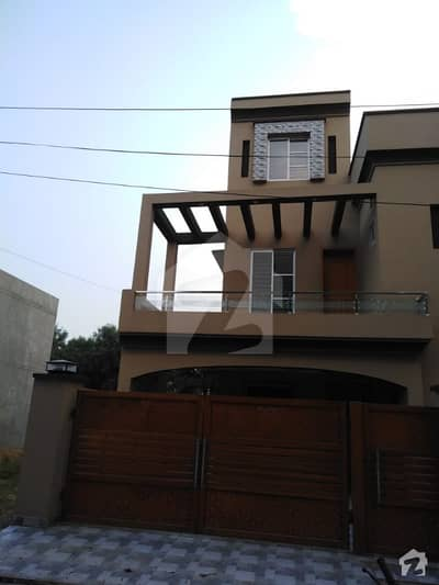 10 Marla House Brand New For Rent