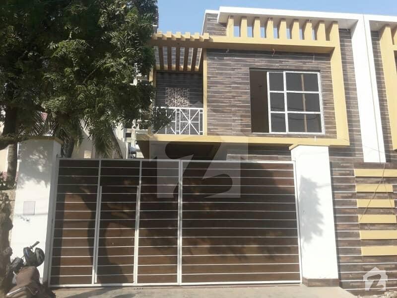 کلفٹن ۔ بلاک 2 کلفٹن کراچی میں 5 کمروں کا 12 مرلہ مکان 8 کروڑ میں برائے فروخت۔