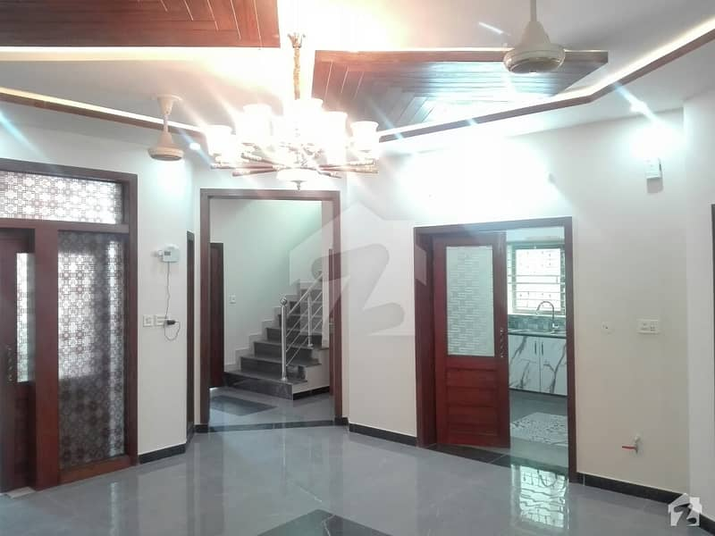 House Is Available In Bahria Town