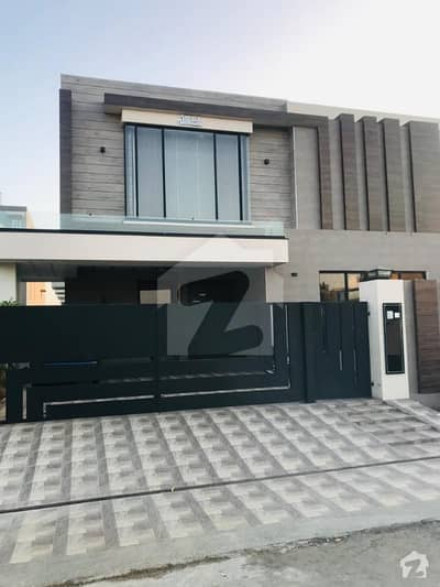 1 Kanal Brand New Semi Furnished House Lower Portion Near to Park
