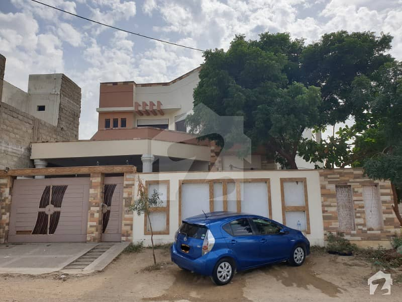6 Bed 6 Bath 370 Square Yards Double Storey House Is Available For Sale